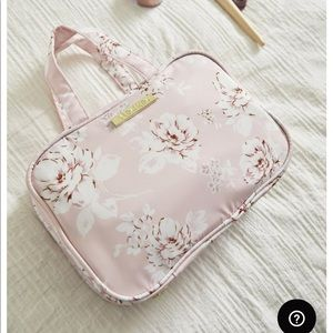 Yumi Kim Wanderlust Makeup Travel Case Hanging